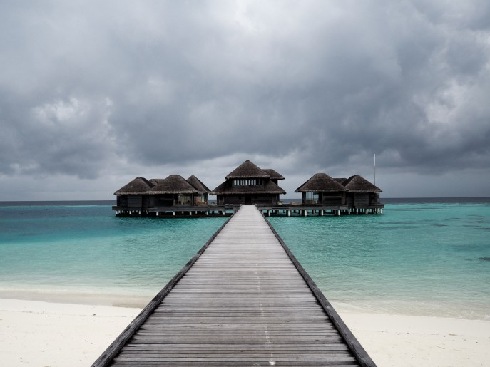 Fashion Me Now | Maldives Huvafen Fushi_-110