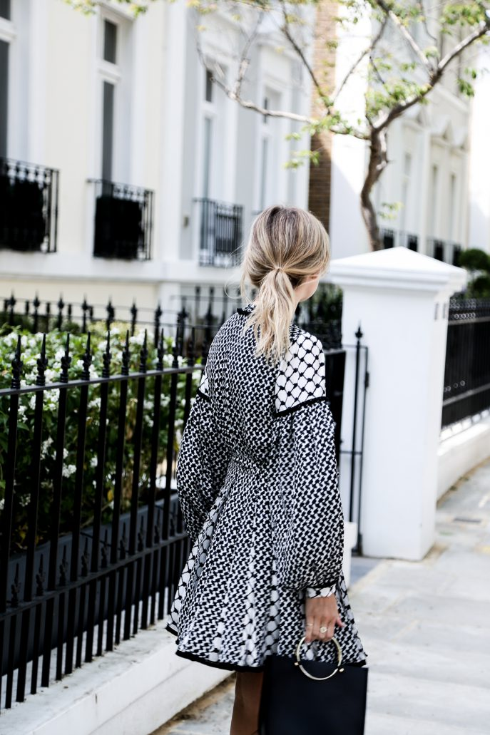 FMN-Monochrome-Wedding-Guest-Outfits-24