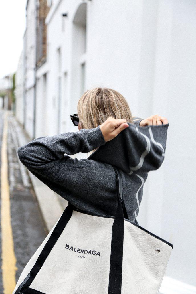 Luc-Williams-Fashion-Me-Now-Long-Haul-Lounger _-18