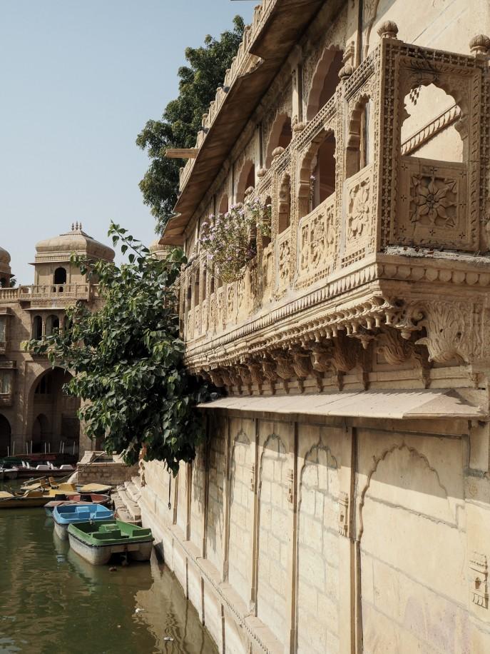 Fashion Me Now | Rajasthan Road Trip | Jaisalmer & the Desert_-101