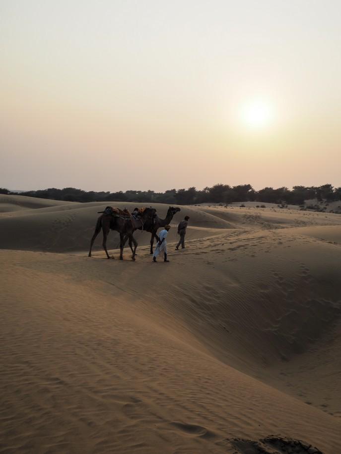 Fashion Me Now | Rajasthan Road Trip | Jaisalmer & the Desert_-125