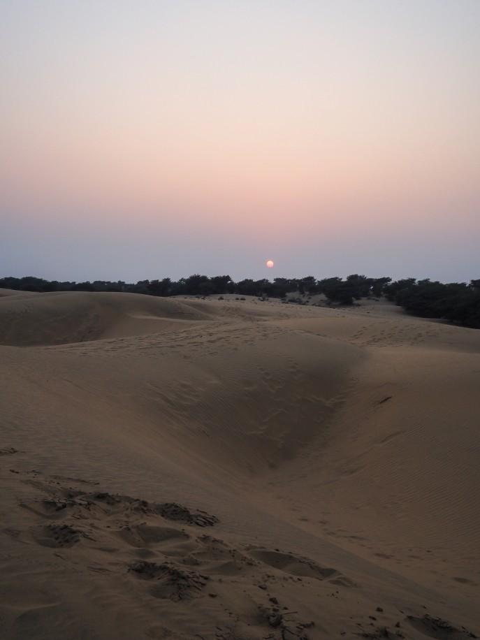 Fashion Me Now | Rajasthan Road Trip | Jaisalmer & the Desert_-130