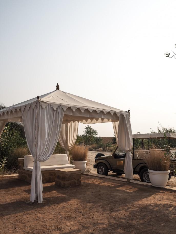 Fashion Me Now | Rajasthan Road Trip | Jaisalmer & the Desert_-16