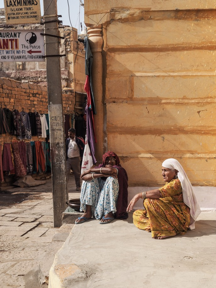 Fashion Me Now | Rajasthan Road Trip | Jaisalmer & the Desert_-40