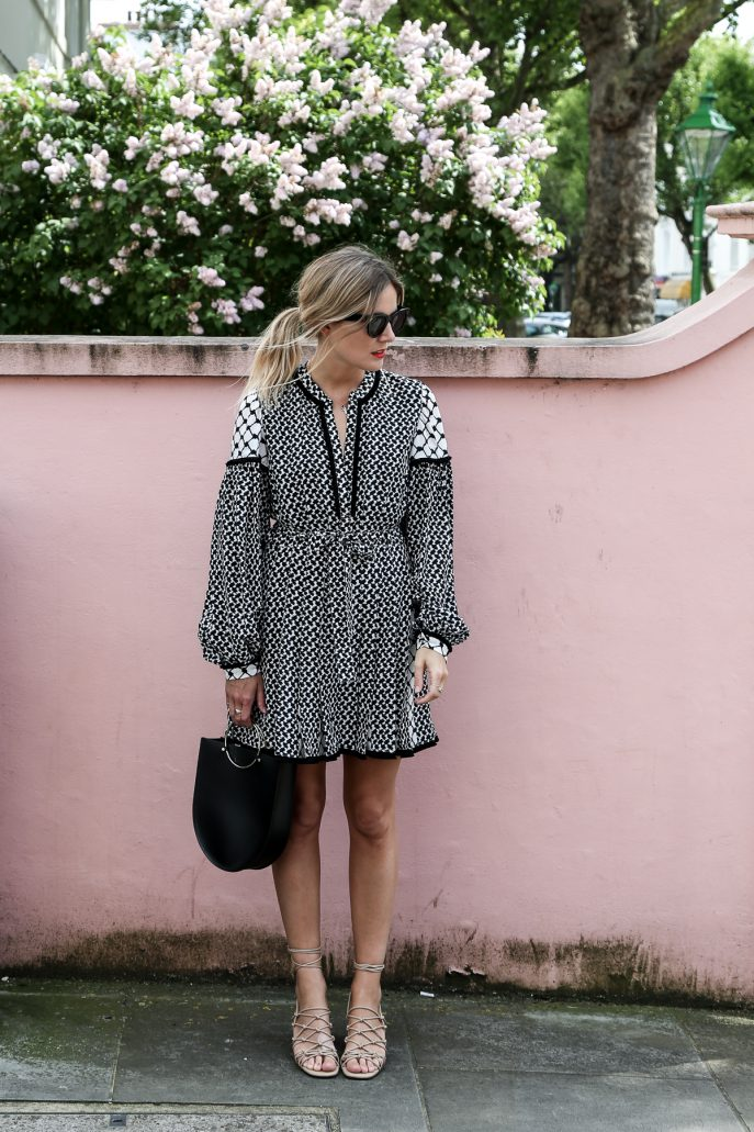 FMN-Monochrome-Wedding-Guest-Outfits-34