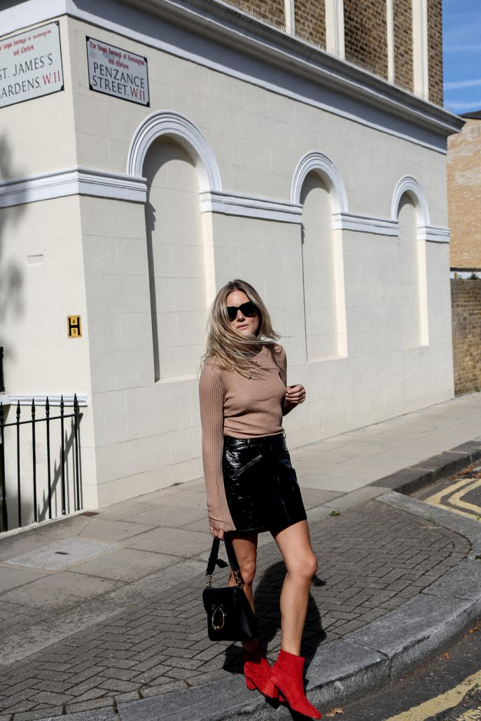 Lucy-Williams-Topshop-Let-Your-Skirt-Do-The-Talking-12